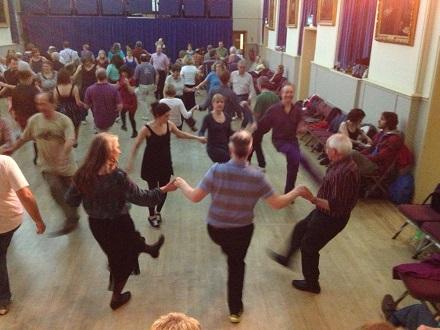 dancers-kicking-in-circle-440-long